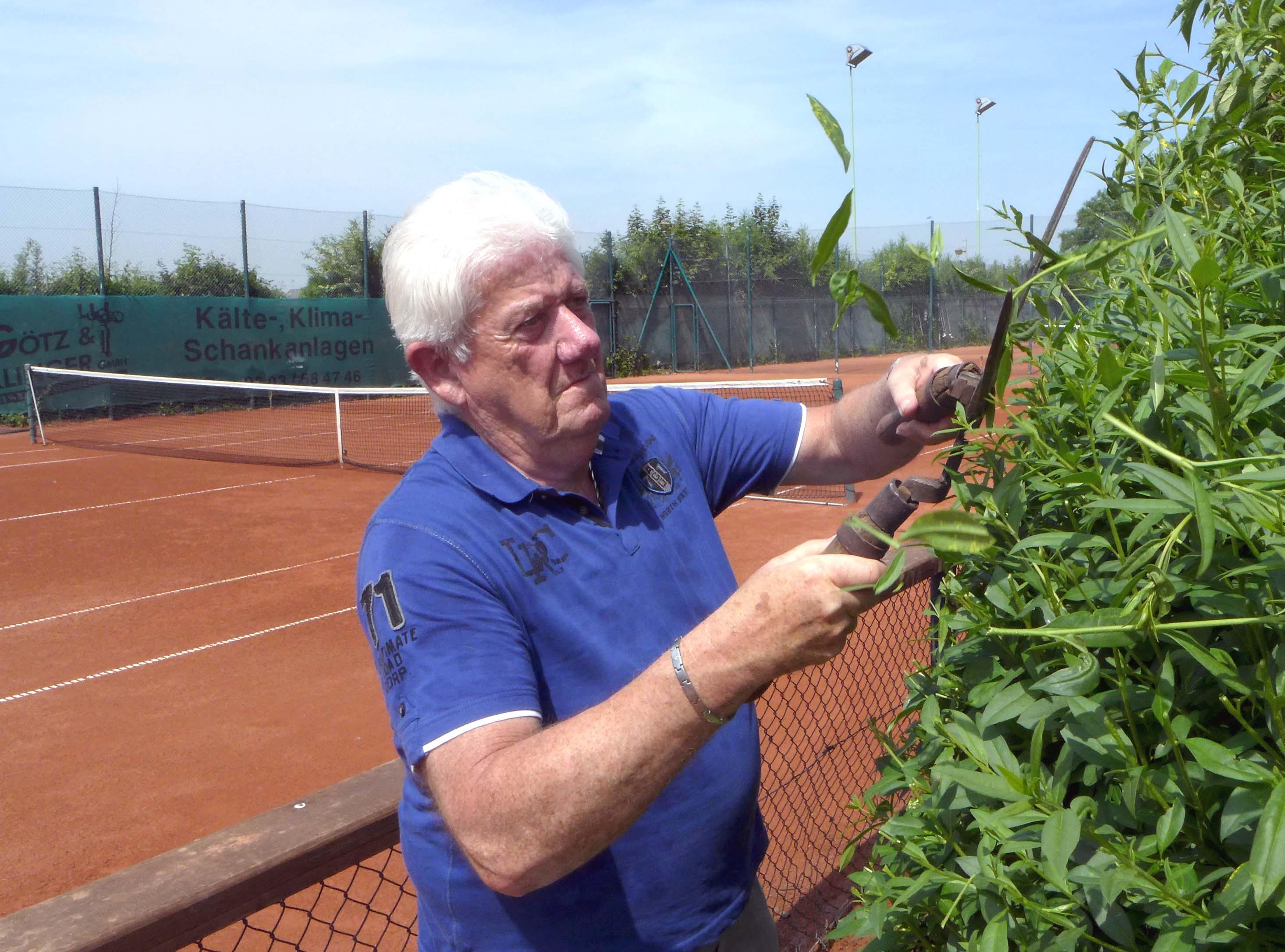 tennis-platzwart